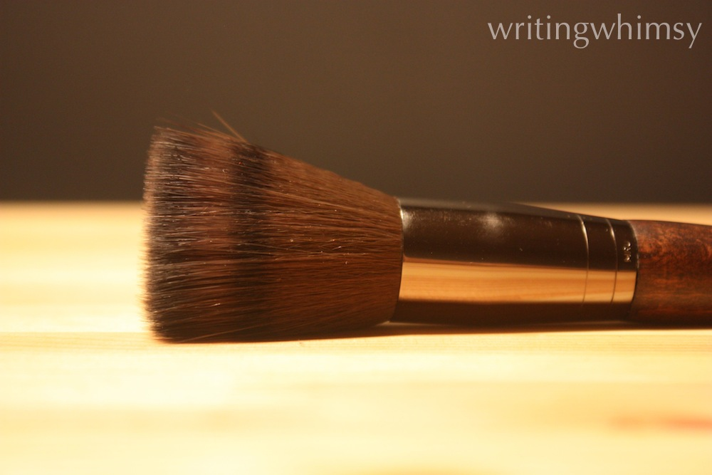 Make Up For Ever 122 Blending Powder Brush 2