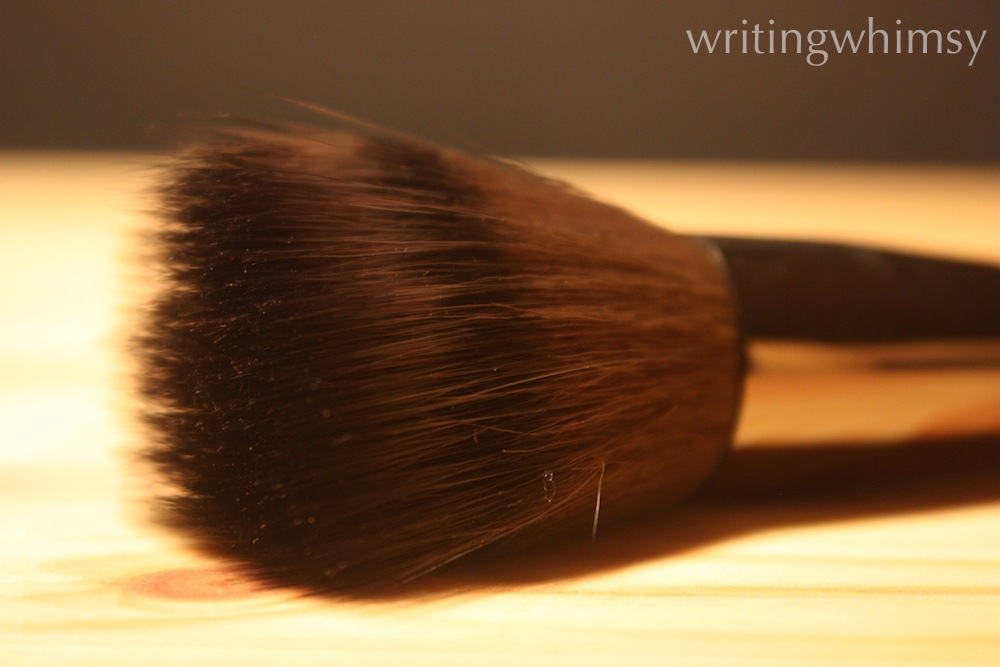 Make Up For Ever 122 Blending Powder Brush 4