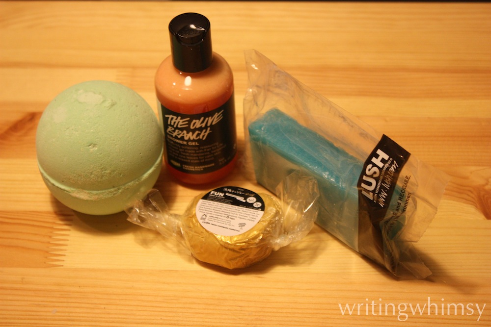 lush happy hanukkah gift 4