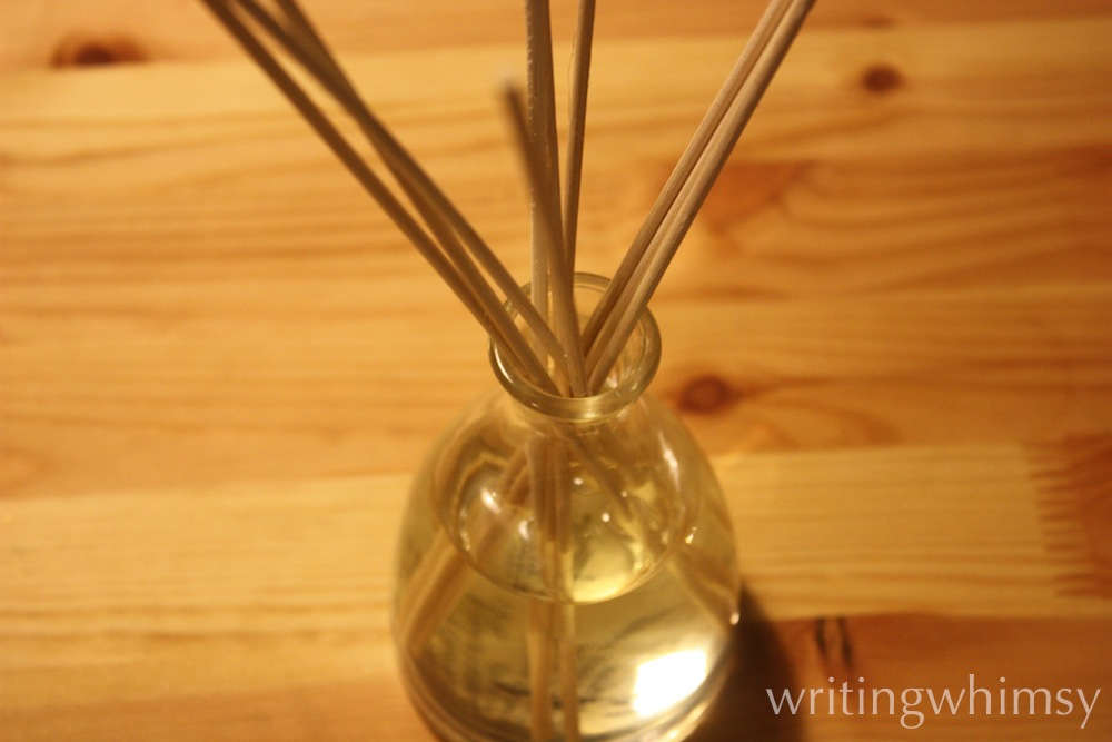 The Body Shop Ginger Sparkle Reed Diffuser 2