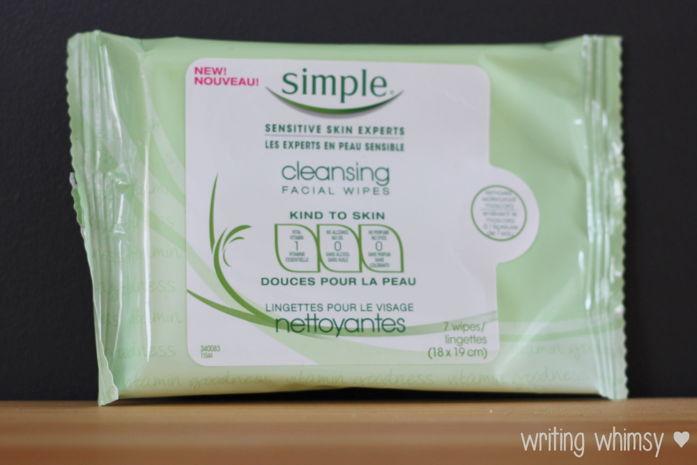 Simple Cleansing Facial Wipes 3