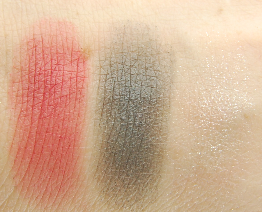 NYX-Sex-Bomb-Eyeshadow-Palette-swatches-1
