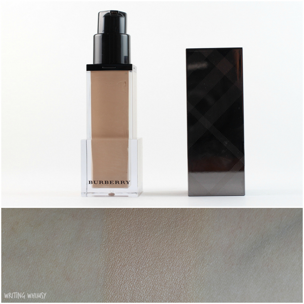 Burberry Fresh Glow Foundation in Porcelain No.11 2