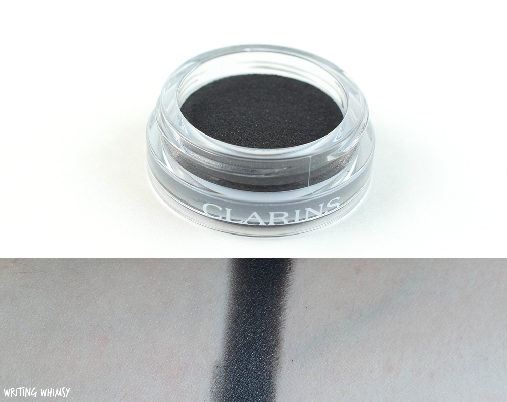 Clarins Ombre Matte in Carbon Swatch