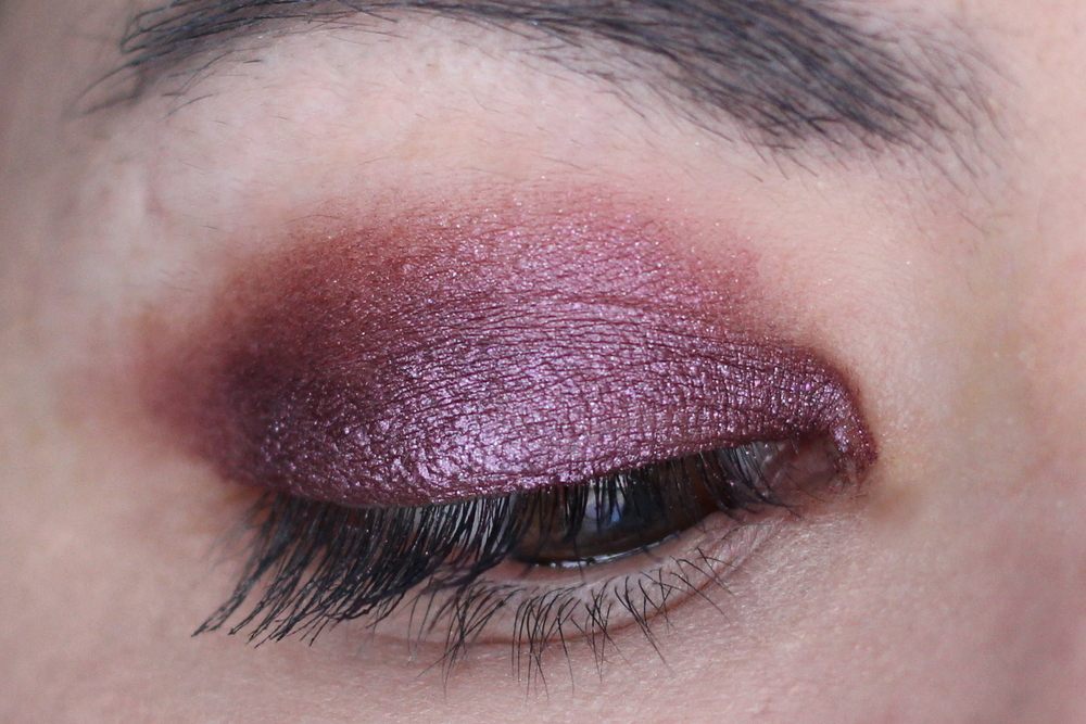 Pur Minerals Eye Polish in Velvet Swatches and Review 2
