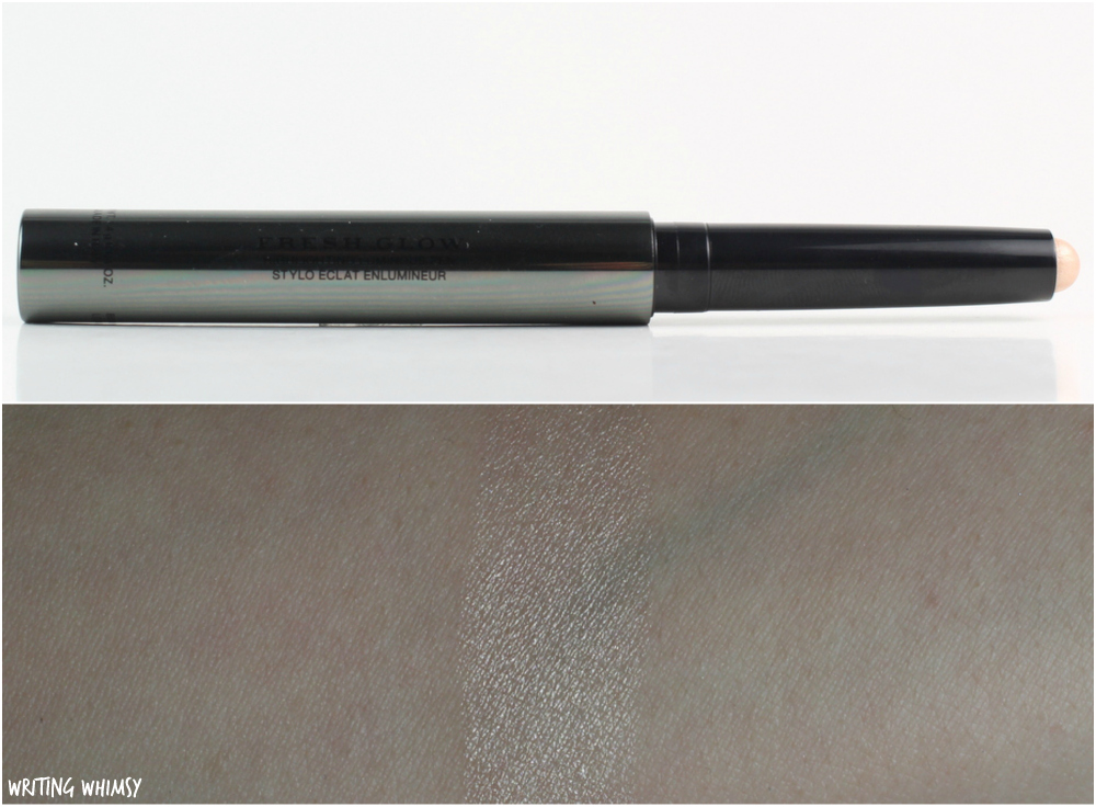 Burberry Fresh Glow Highlighting Luminous Pen in Nude Radiance Swatch