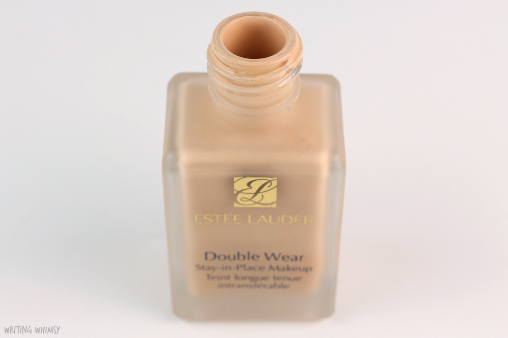 Estee Lauder Double Wear Foundation in 1N1 Ivory Nude 72 Review 3