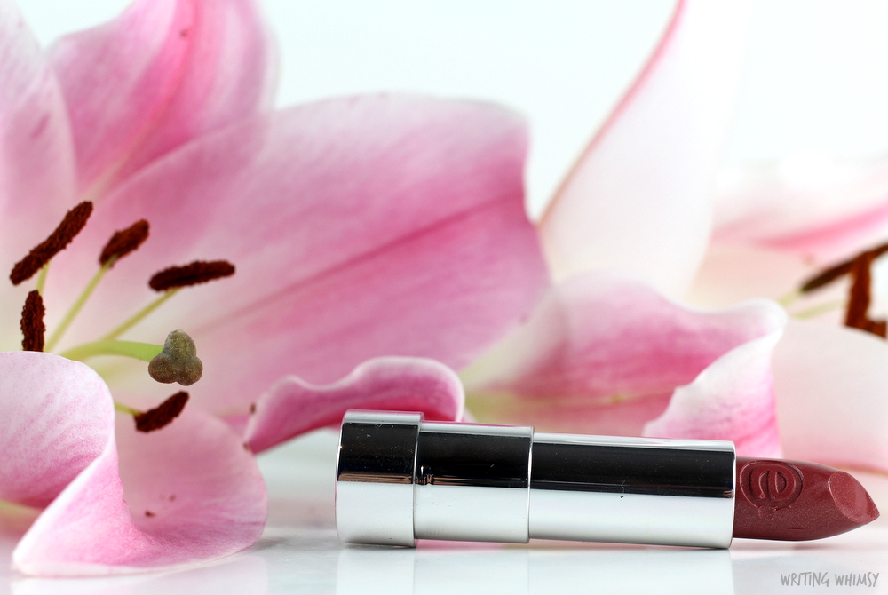 essence sheer & shine lipstick in glamour queen swatches