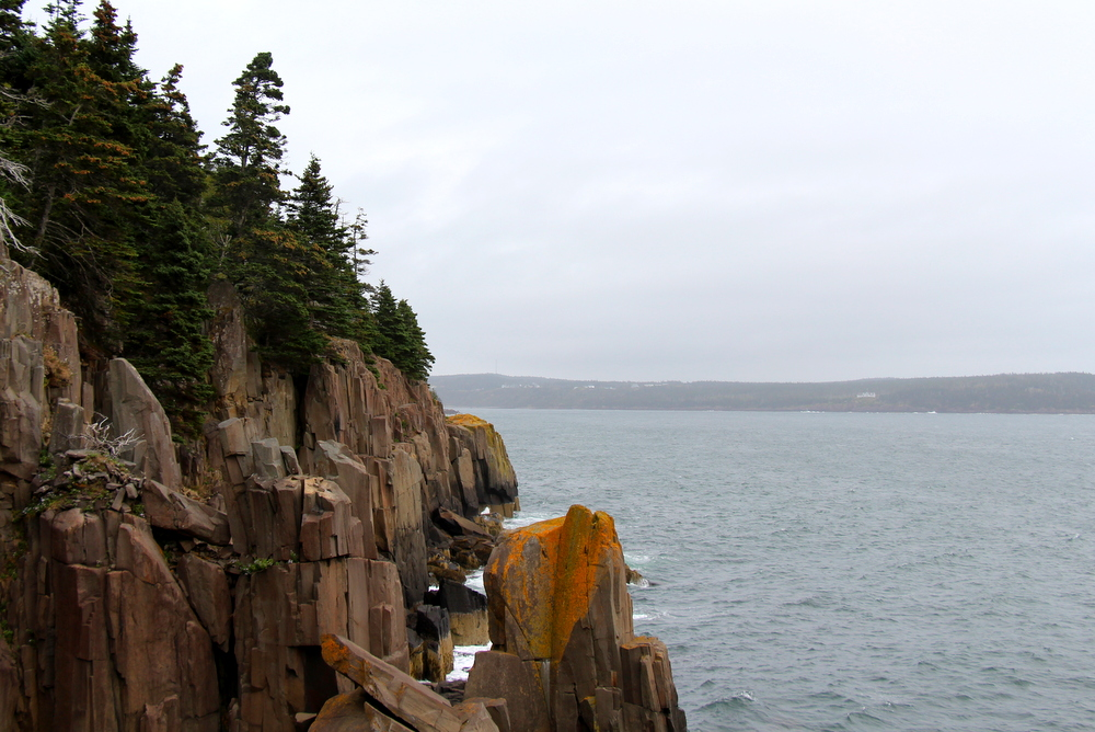 balancing-rock-tiverton-nova-scotia-4