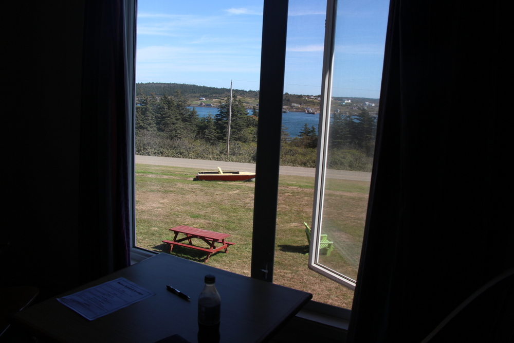 stay-at-the-brier-island-lodge-and-make-sure-you-eat-there-too-2