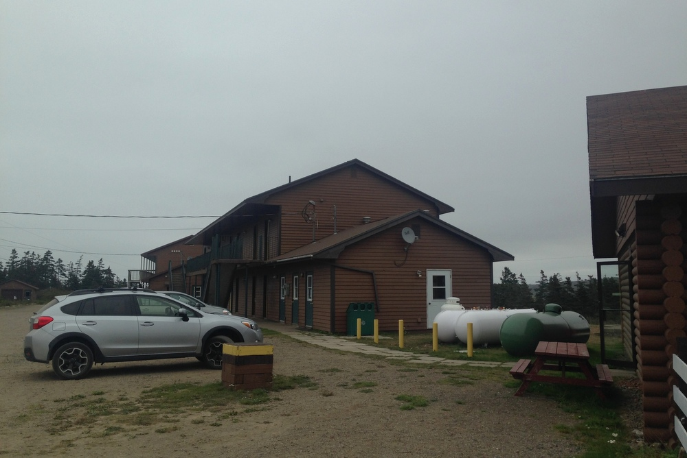 stay-at-the-brier-island-lodge-and-make-sure-you-eat-there-too-3