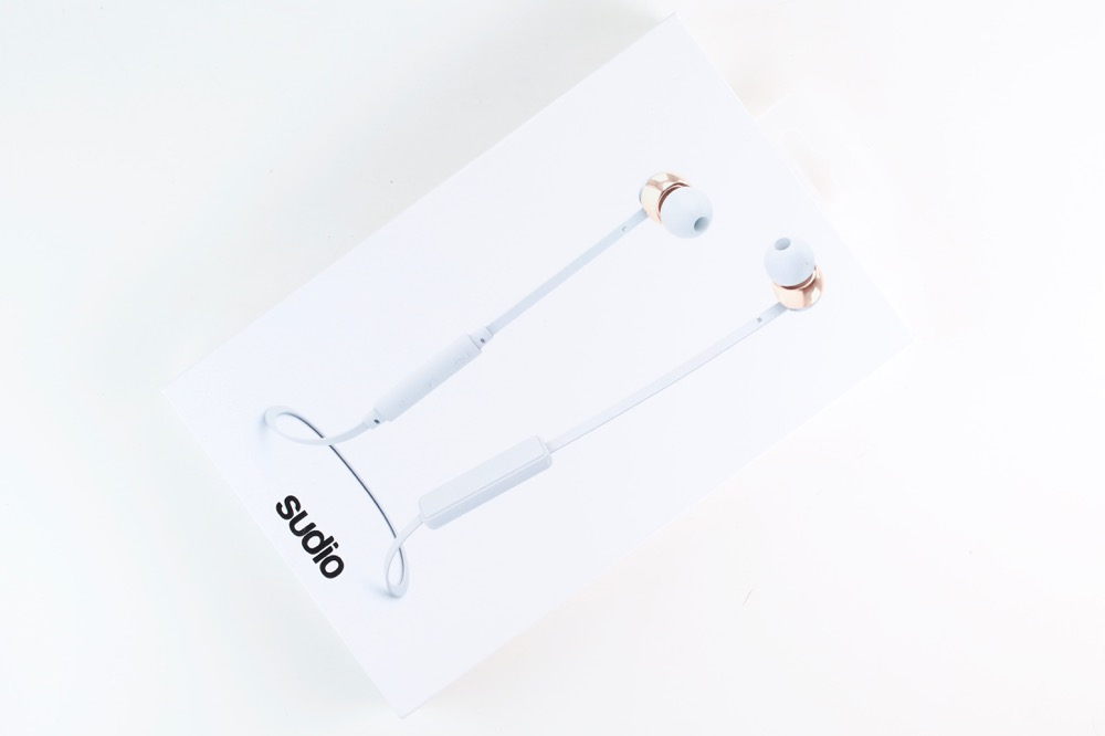 sudio-sweden-vasa-bla-earphones-review-5